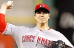 011014-MLB-Cincinnati-Reds-Homer-Bailey-TV-Pi_20140110231101201_660_320